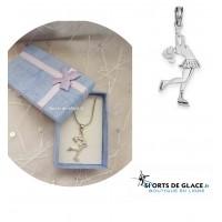 Collier pendentif patineuse