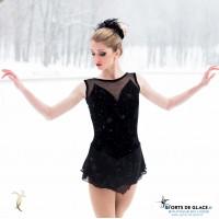 Robe Classic Black Swan
